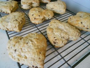 Toasted Coconut Almond Chocolate Scones | i scone | Pinterest