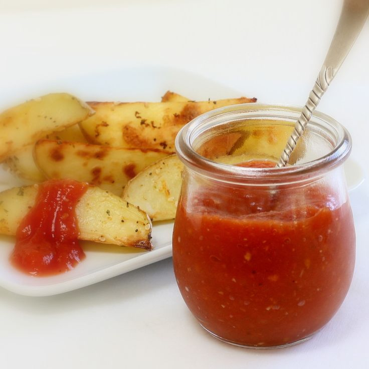 Homemade ketchup. Awesome! I am a fan of making homemade versions of ...