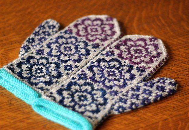 TFA - Tanis | Warm Woolen Mittens | Pinterest