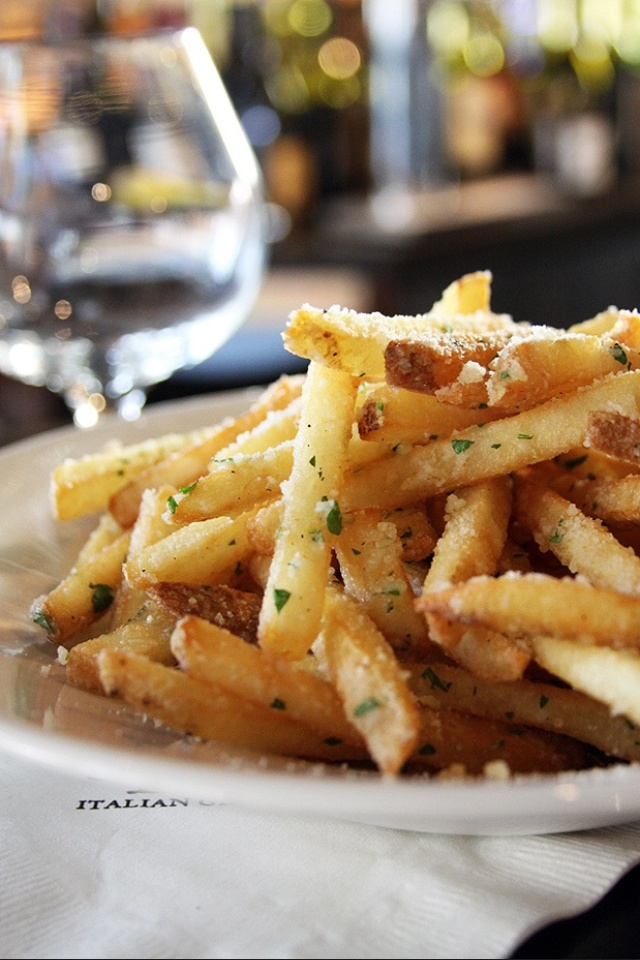 white truffle oil and parmigiano fries..italian style version fries..