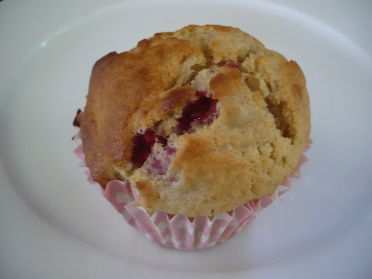 Lime & Raspberry Muffin | My Cakes | Pinterest