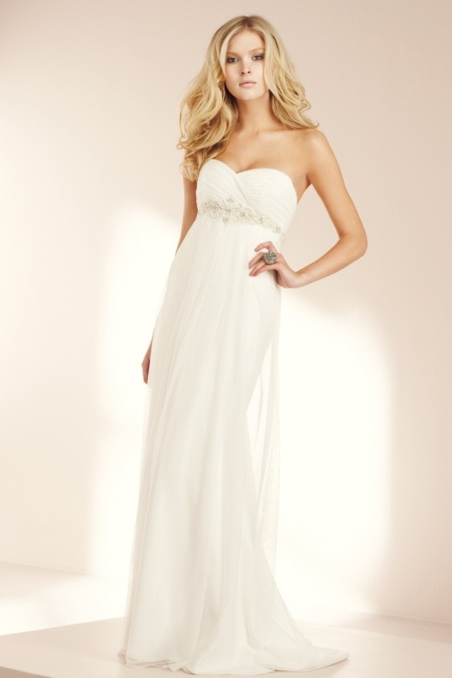 Flowy Wedding Dress Wedding Planning Pinterest
