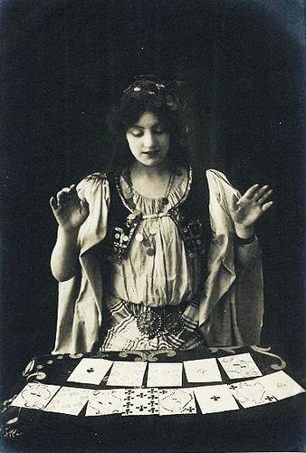 Tarot gazing