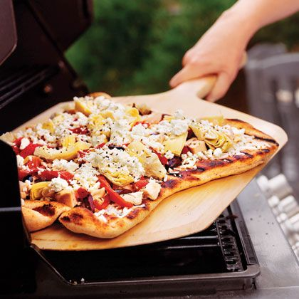 grilled greek pizza with chicken and artichokes