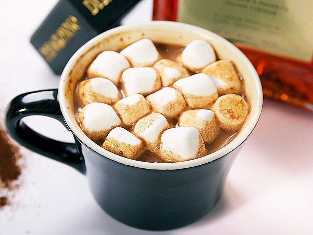 Better Than Baileys Hot Chocolate | Food Finds | Pinterest