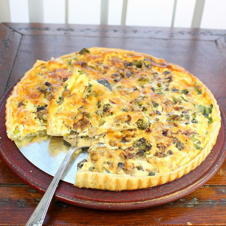 Quiche with Broccoli, Mushrooms and Kale A tasty vegetarian quiche ...