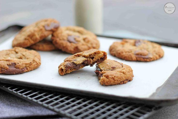 Macadamia Espresso Oatmeal Chocolate Chip Cookies