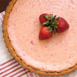 Strawberry Lemonade Tart recipe | Noms - Sweets and desserts | Pinter ...