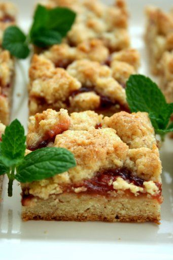 Rhubarb and Currant Almond Bars | ~Elderberries~Red And Black Currant ...