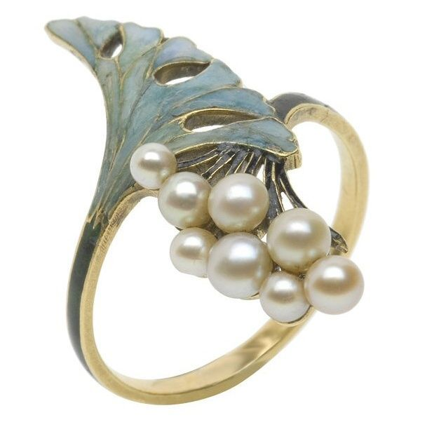 Ring, René Lalique (1860-1945). France ca 1900.