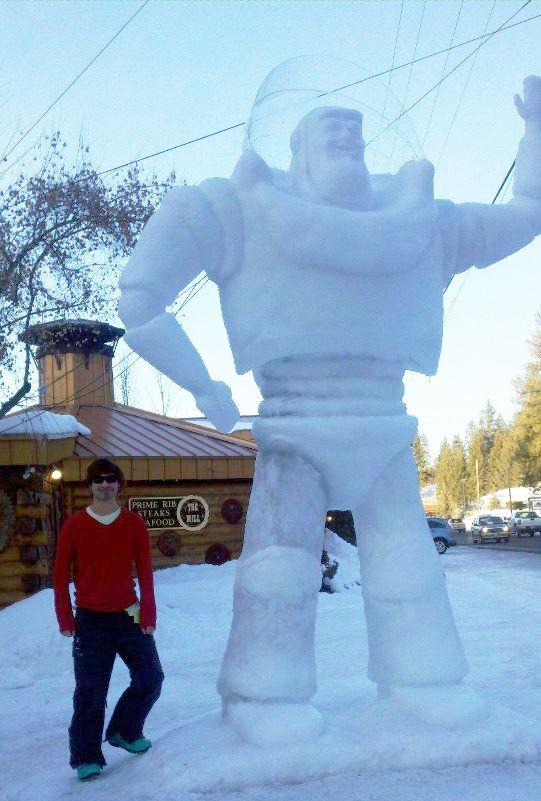 Buzz Lightyear Snowman - Snowman Ideas   Backyard Fun   Pinterest