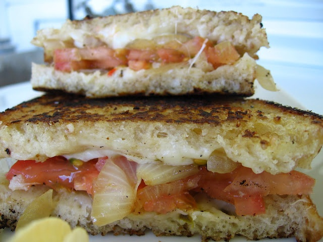 Pepperjack Grilled cheese w/ tomato, carmelized onion (turkey optional ...