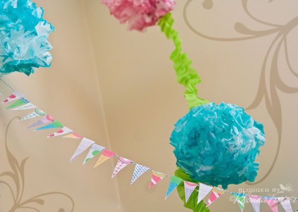 coffee filter flowers tutorial (can add to garlands or put on lollis or whatever you wanna do with 'em - so cute!)