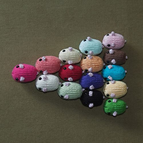 Knitting Toys In The Round : Quot hamsterbeans knitted cat toy critter crafts pinterest
