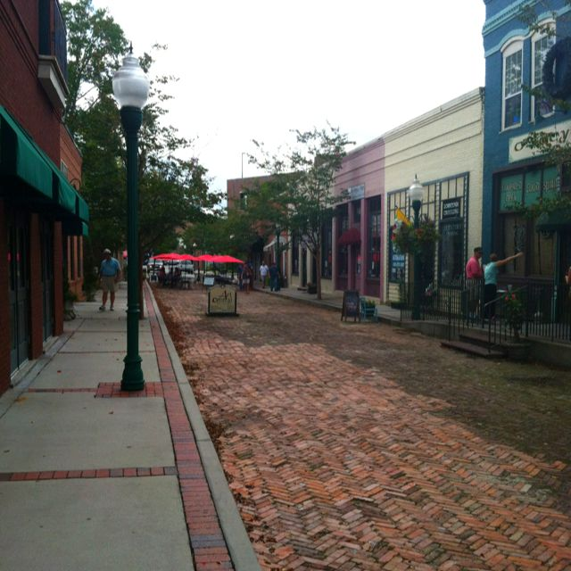 Downtown summerville sc southern charm pinterest for What to do in summerville sc