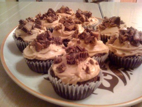 : Brownie Cupcakes with Peanut Butter Frosting. Is it a brownie ...
