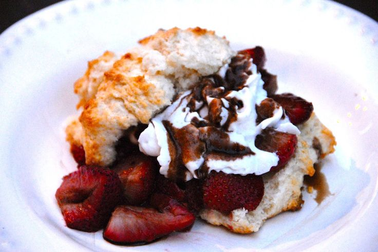 The Savvy Spoon: Roasted Balsamic Strawberry Shortcake