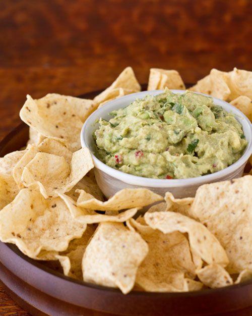 Light avocado dip #recipes #avocado #dip | Appetizers | Pinterest