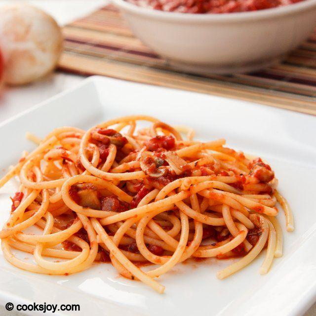 Basic Tomato Sauce | Cooks Joy | Healthy, Wealthy, & Wise | Pinterest