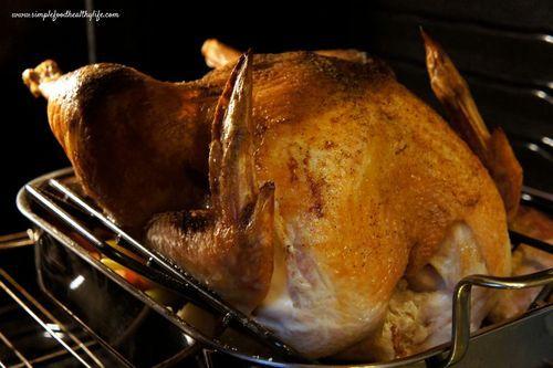 Brown sugar glazed turkey (or ham). Perfect for the holidays. www ...
