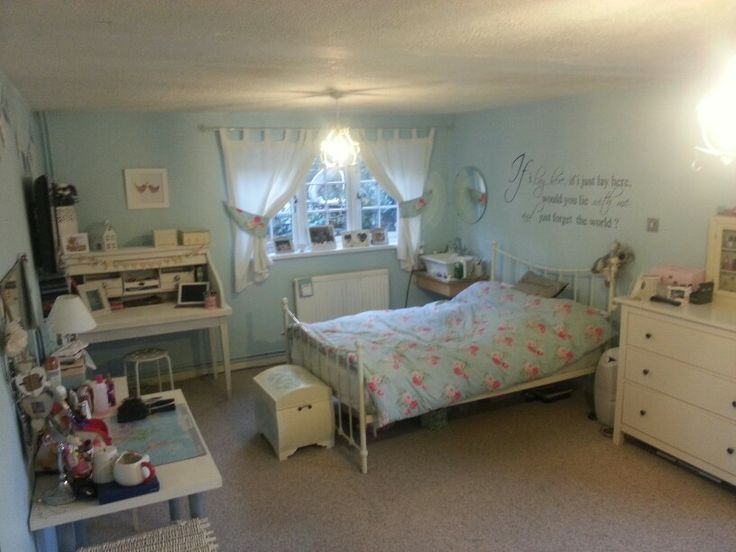 Cath kidston bedroom bed room ideas pinterest for Cath kidston bedroom designs