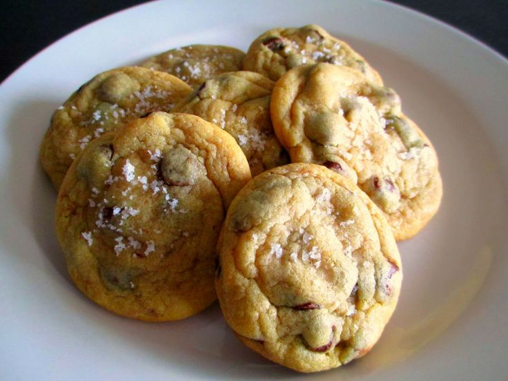 The BEST chewy sea salt chocolate chip cookies! Absolutely addicting!!