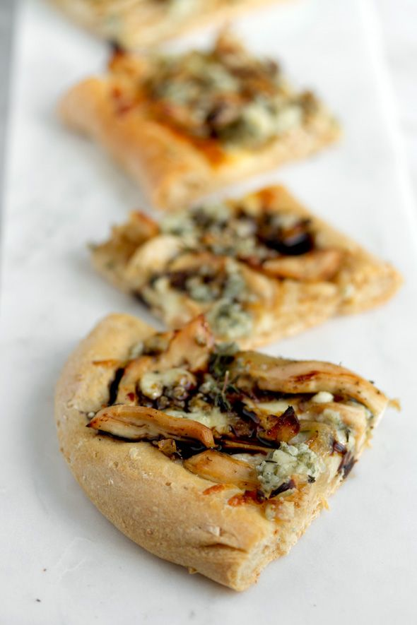 """with a good chicken pizza recipe! // """"Chicken, Balsamic, Blue Cheese ..."""