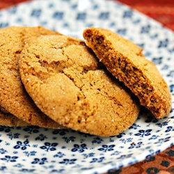 chewy molasses spice cookies | to devourer | Pinterest