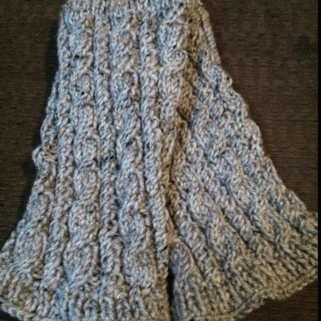 Cable Knit Leg Warmers Knitting Pattern : cable knit leg warmer pattern MEMES