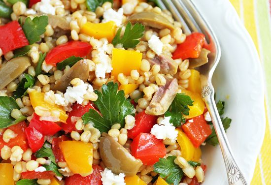 Wheat Berry, Green Olive & Roasted Pepper Salad. so many COLORS...yum!