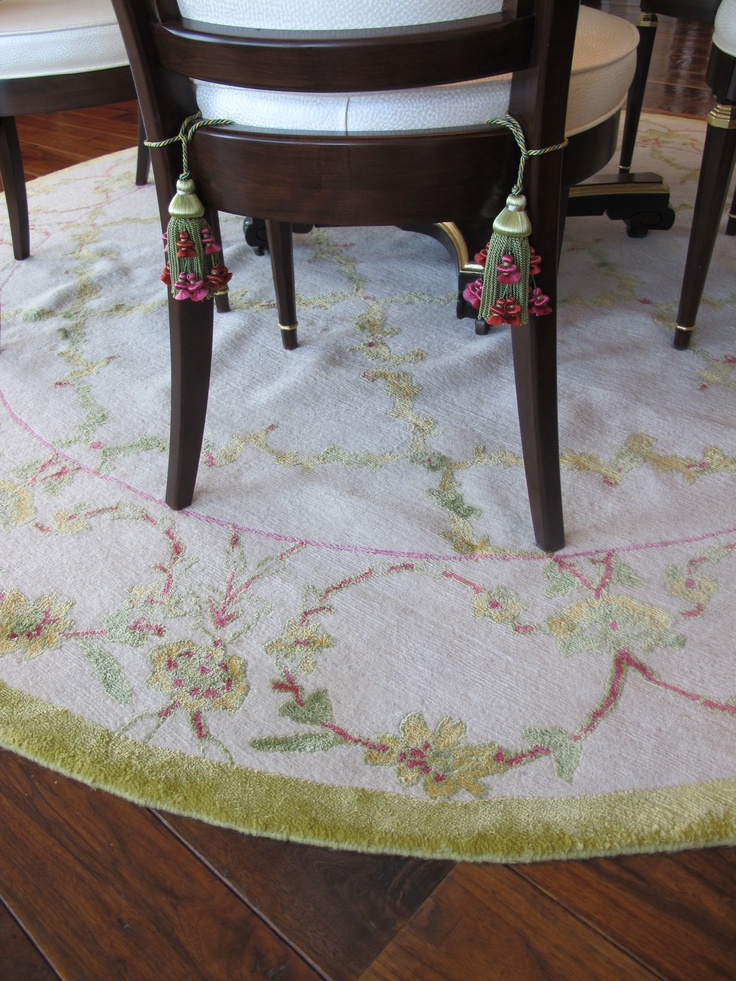 Custom rug under the dining room table lolo moore custom for Dining room table on rug