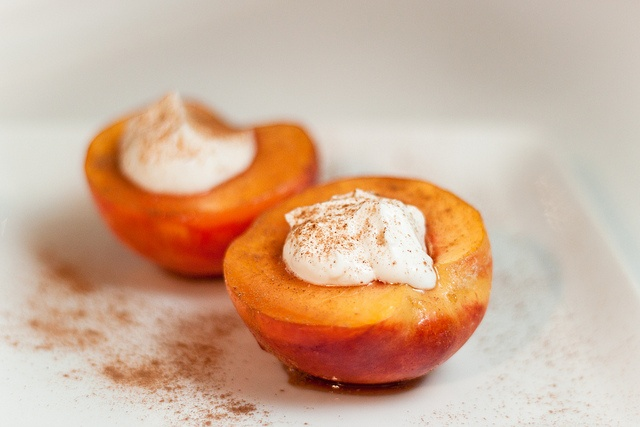 peach brulee with Greek yogurt {grilled peaches are also delicious}