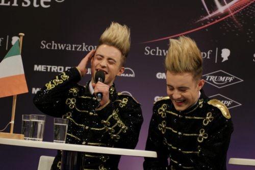 eurovision jedward performance