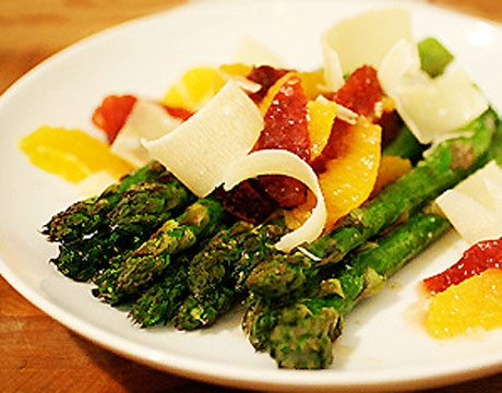 Warm Asparagus and Citrus Salad | SpRiNg into Spring! Foods to brigh ...