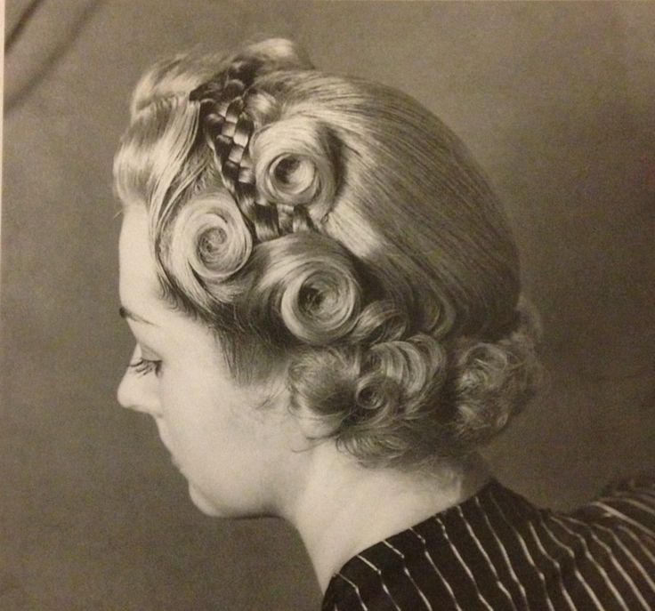 The military braid hairstyle, 1940s | hairstyles vintage & retro ...