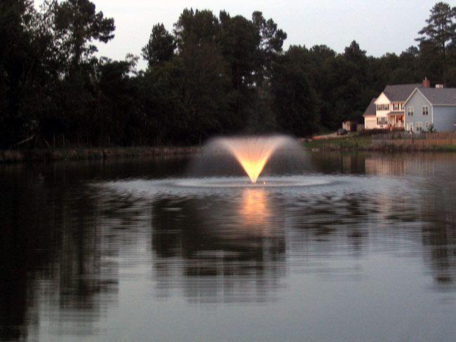3400 VFX/HVFX 3/4 HP Pond Pump with Lights by Kasco