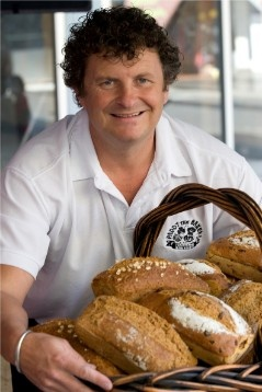 With St Patrick's Day now over (but perhaps not the hangovers!), it was a great reminder of some great Irish foods.  This bloke makes GREAT soda bread (low GI, yeast free, no sugar, natural)... and sells it from his website as well as at local markets in Sydney, Aust.  It's YUM (the plain & the Seeded are our faves) - and not just for the Irish! (or not just for St Pat's Day for that matter!)