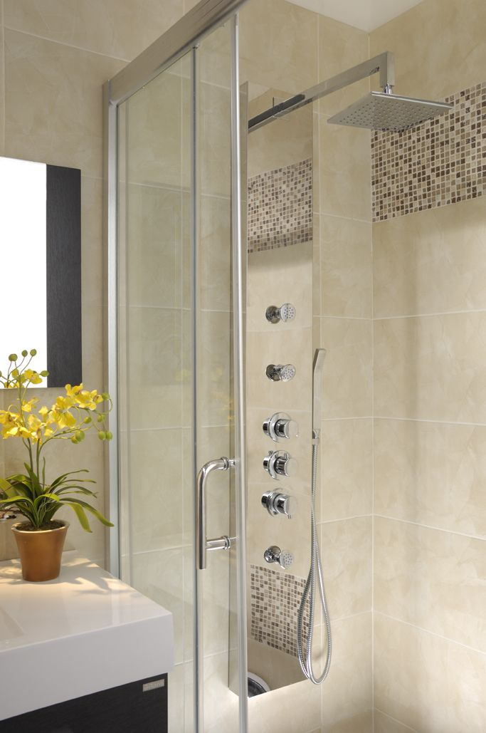 Accesorios De Baño Corona:Un baño pequeño también puede tener una torre de ducha