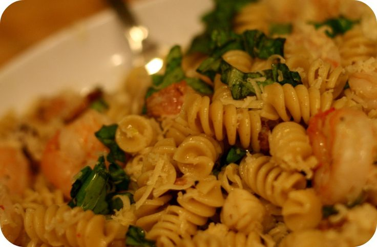 pasta with scallops, shrimp, and white wine--it was yummy with angel ...