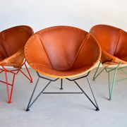 garza furniture / round saddle leather chair