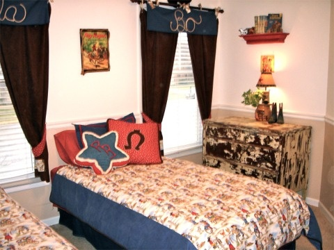 Cute twin bedroom idea....glue rope to a valance to spell out their names in a cowboy/cowgirl themed room!