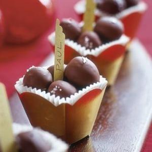 Caramel Sea Salt Truffles | Christmas Things | Pinterest
