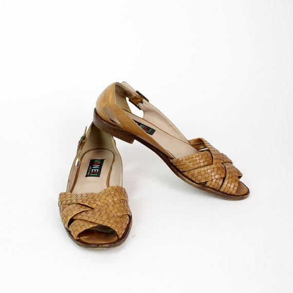 woven leather sandals 7 1/2 tan Van Eli shoes by OmniaVTG on Etsy, $35