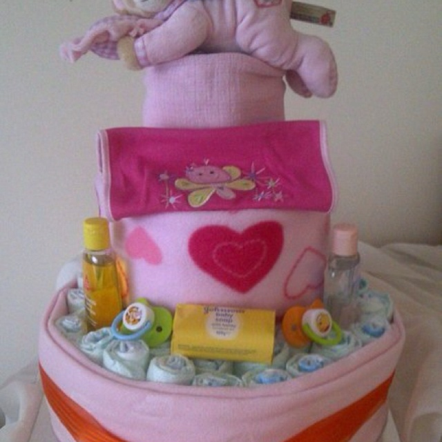 Nappy cakes by Be Unique Boutique - www. Be-unique-boutique-xx.co.uk
