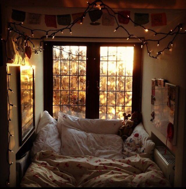 Cozy Bedroom Extraordinary Design Review