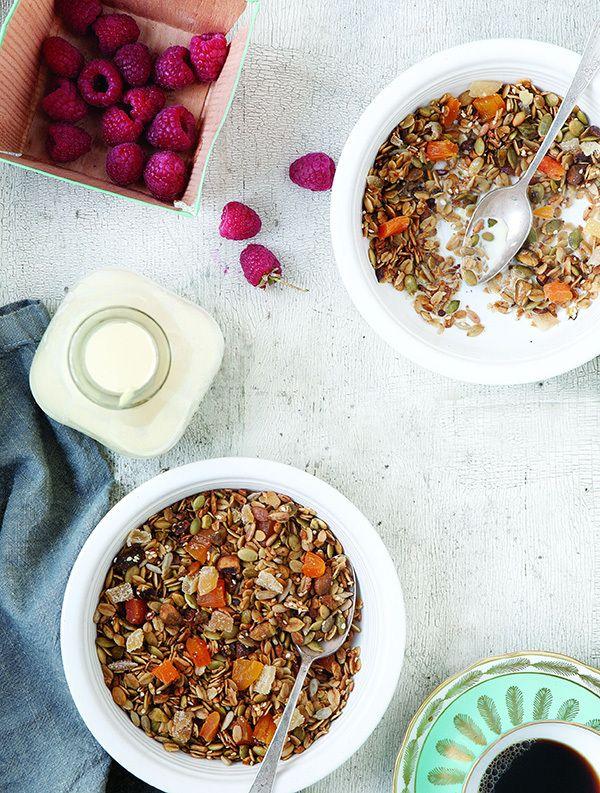 Apricot Pistachio Granola | breakfast | Pinterest