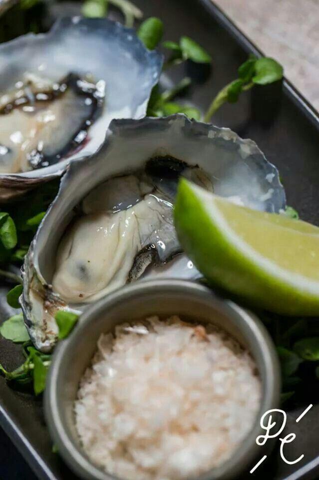 Oysters rock salt & lime | Eat me | Pinterest Oyster Eating Salt