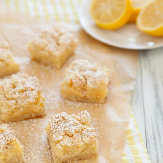 Creamy Lemon Crumb Bars - Sweet, tart, and buttery. Take that, winter.