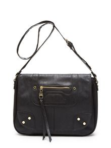 Steve Madden purse just $39 when using your $25 new customer discount