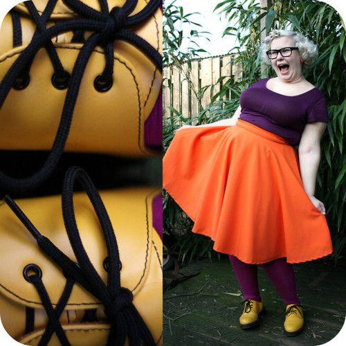 lookbookchubspo:    Purply orangey yellow! (by Arlie S)